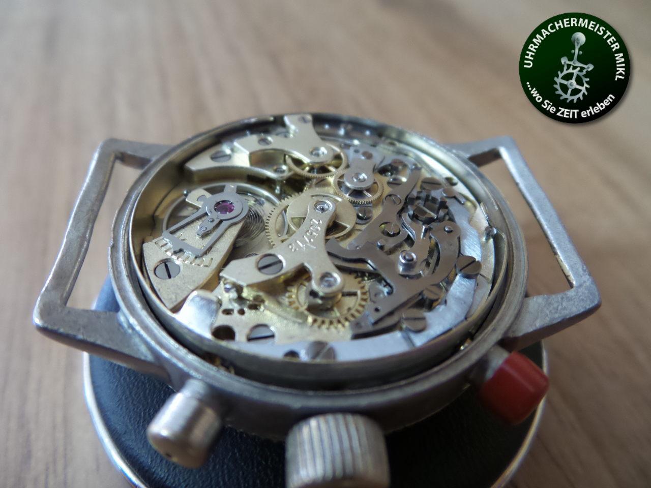 Das eingeschalte und restaurierte Uhrwerk.